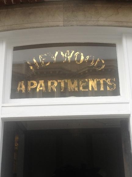 Heywood Apartments 2119 Addison