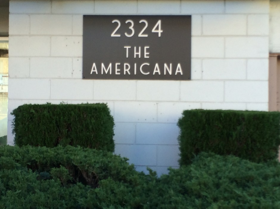 The Americana 2324 Dwight