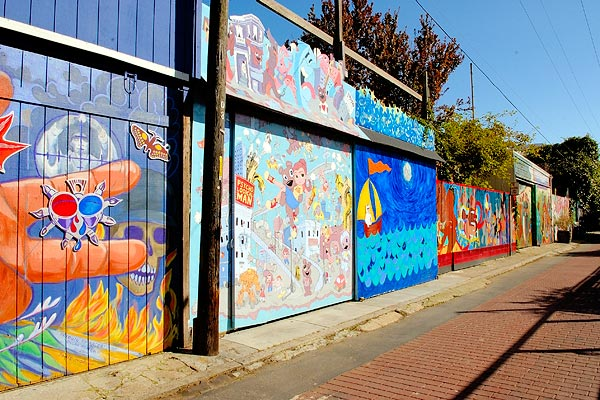 Balmy-Alley-Murals-3-05