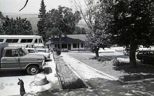Bus at La Paz 2