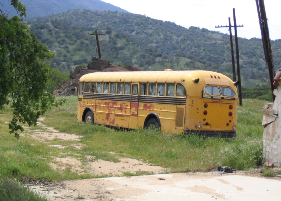 Bus at a Paz