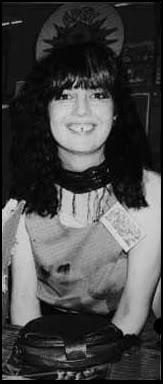 Dori Seda (gap-toothed woman)