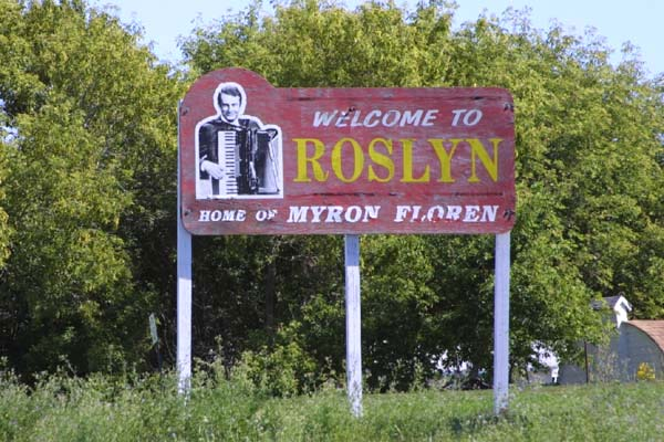 1-6568-Myron-Floren-Sign