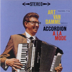Accordion+A+La+Mode