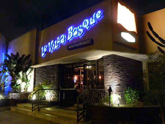 Los Angeles Villa Basque
