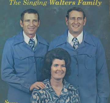 walters_singing_family