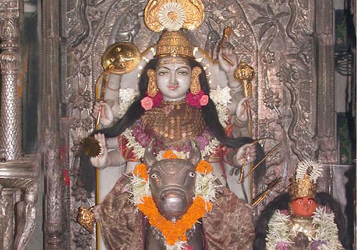 Mumba-Devi-temple-Tourism-Mumbai