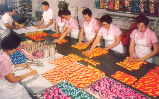 Interior candy making