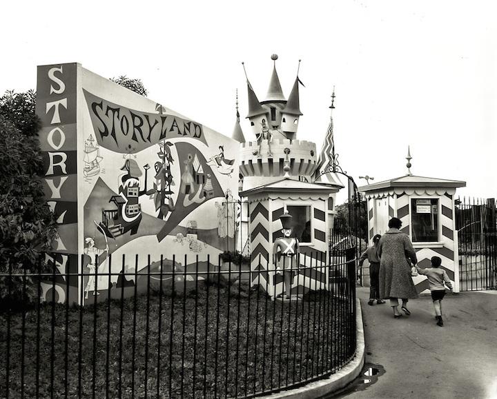 Storyland Entrance at San Francisco Zoo | October 25, 1961