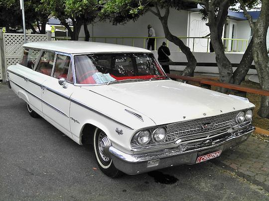 Country-Sedan