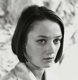 Niki_de_Saint_Phalle_Portrait_NdSP_Pressebild02_mittel_Xx600