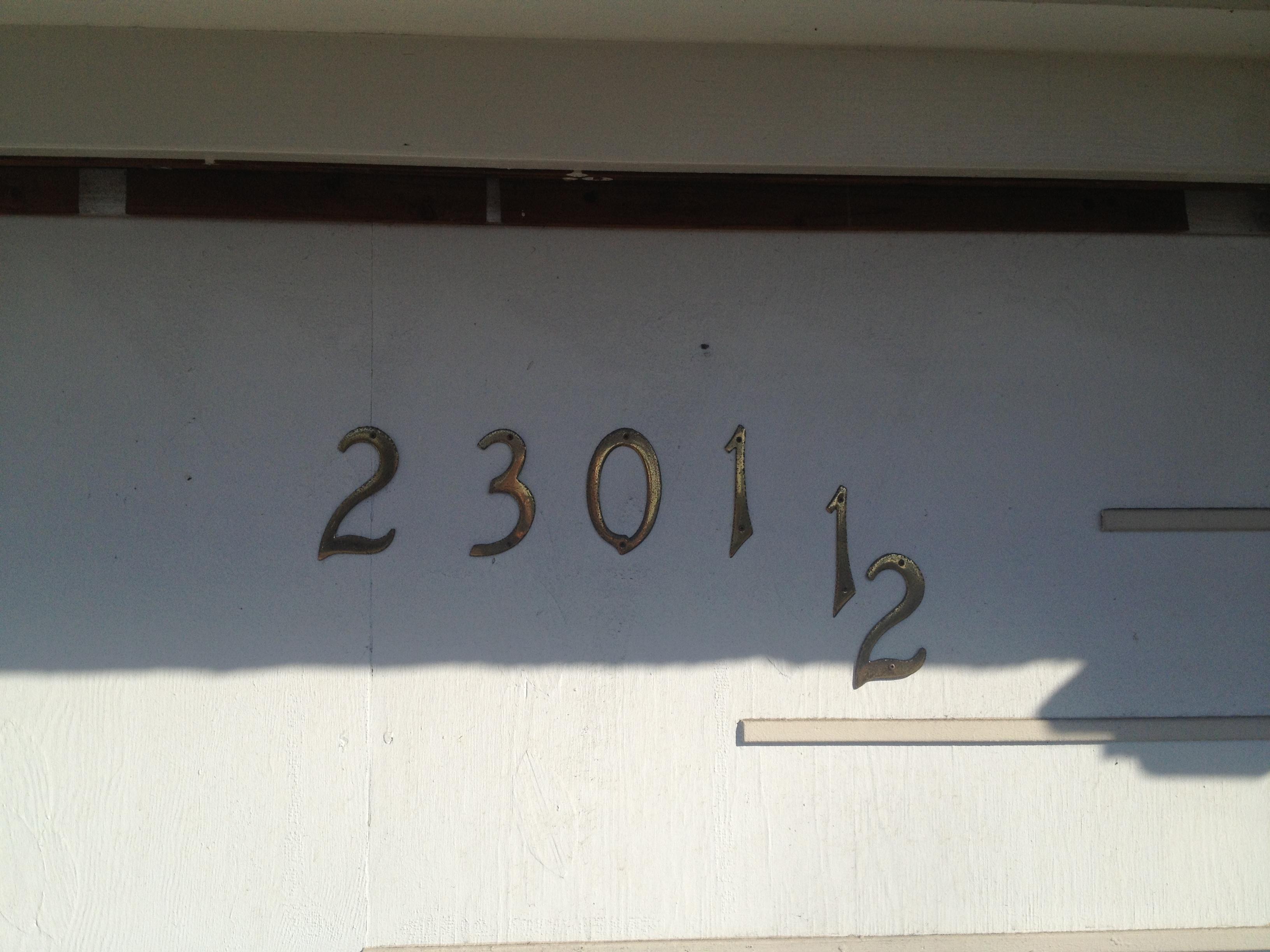 2301 1/2 Spaulding