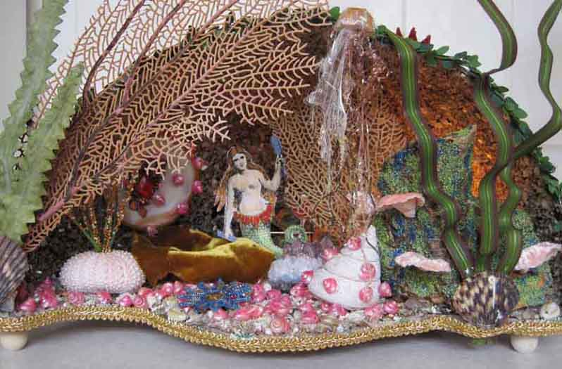 Mermaid grotto diorama number 1 – class taught by John McRae Photo: http://craftycreativegal.com/castle-in-the-air-my-magical-creative-home/