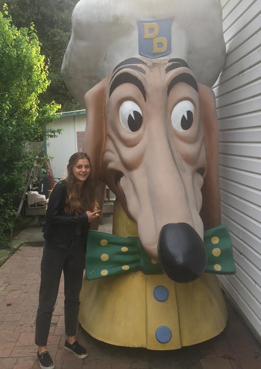 Doggie Diner head, Harper Street