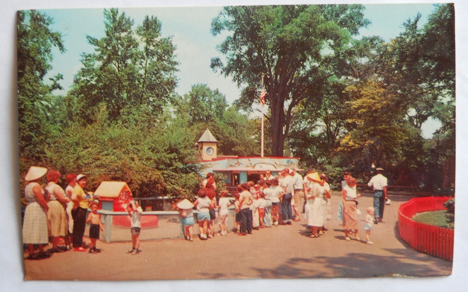 CHILDRENS ZOO BELLE ISLE.JPG2
