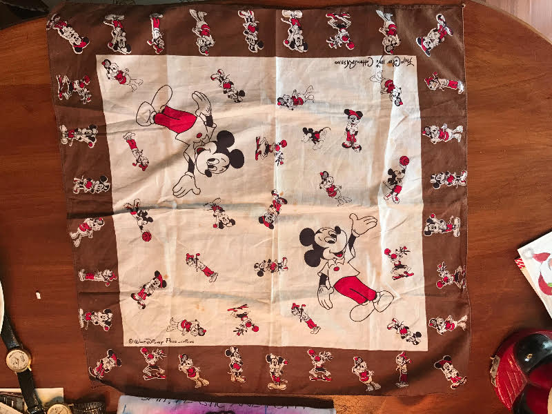 Mickey Mouse kerchief