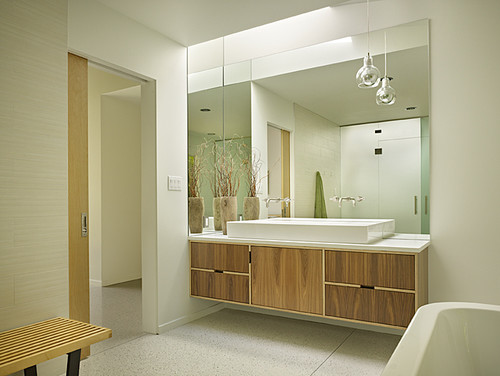 Mid-Century-modern-bathrooms-12