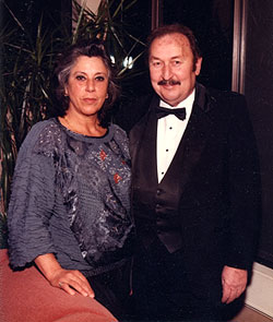 Rebecca and Seymour Frommer in 1997