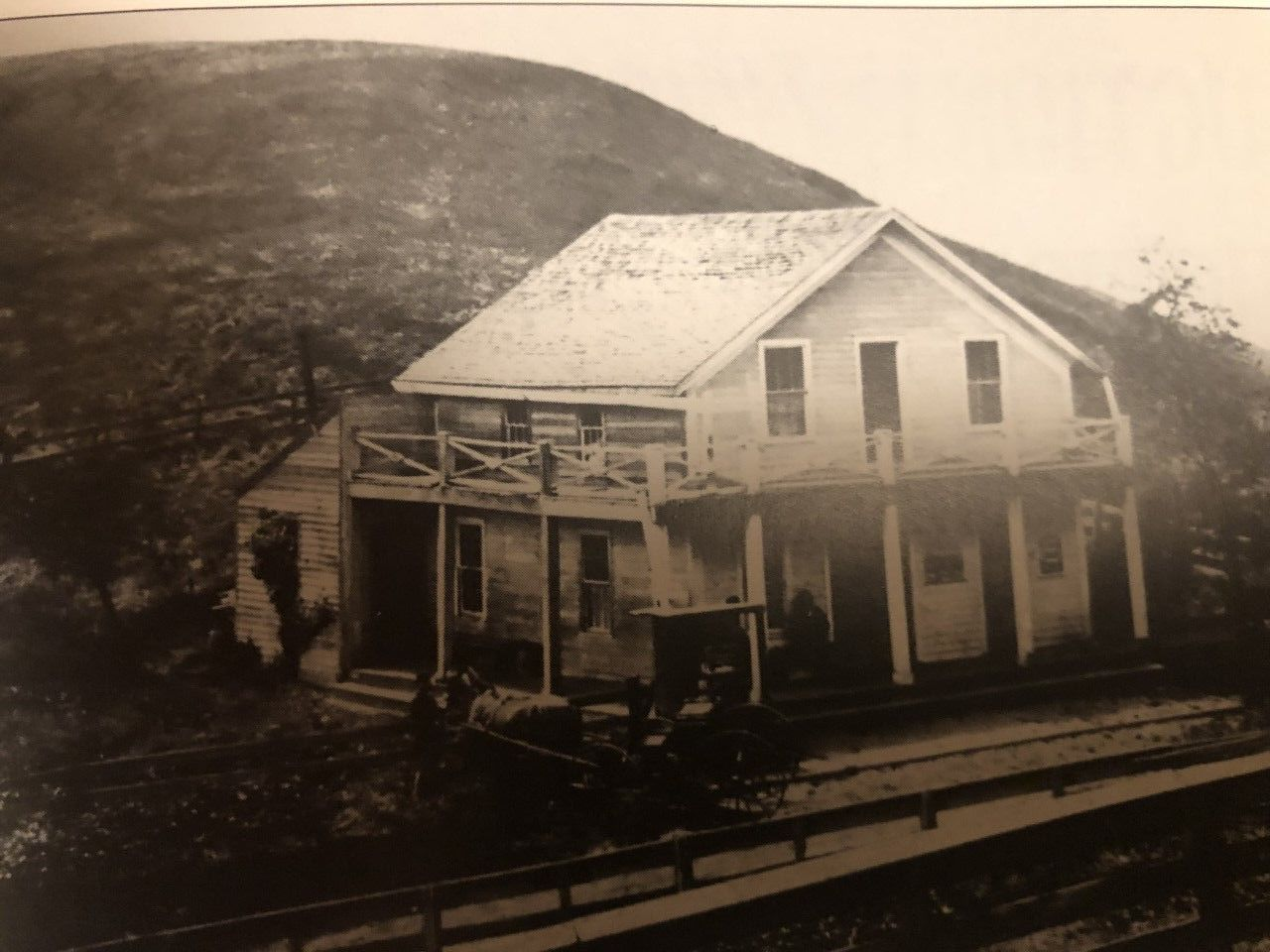 The Summit House.  (Courtesy of Bancroft Library)