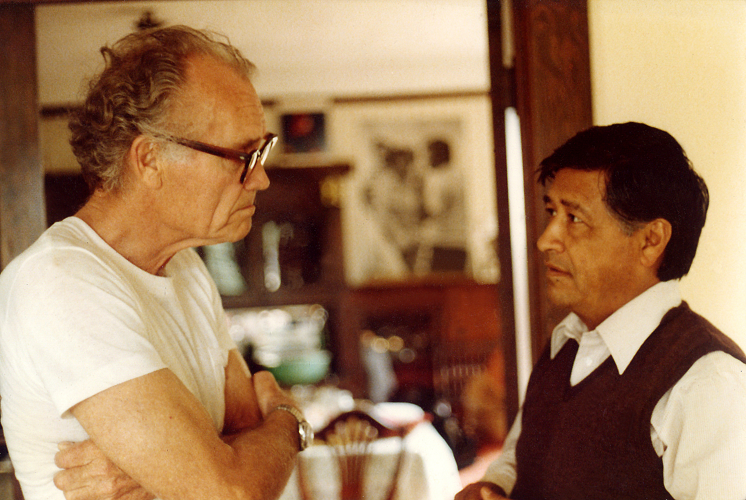 Fred-Ross-Sr.-Cesar-Chavez-on-Grove-Street-in-1979-leading-United-Domestic-Workers-Organizing-Training
