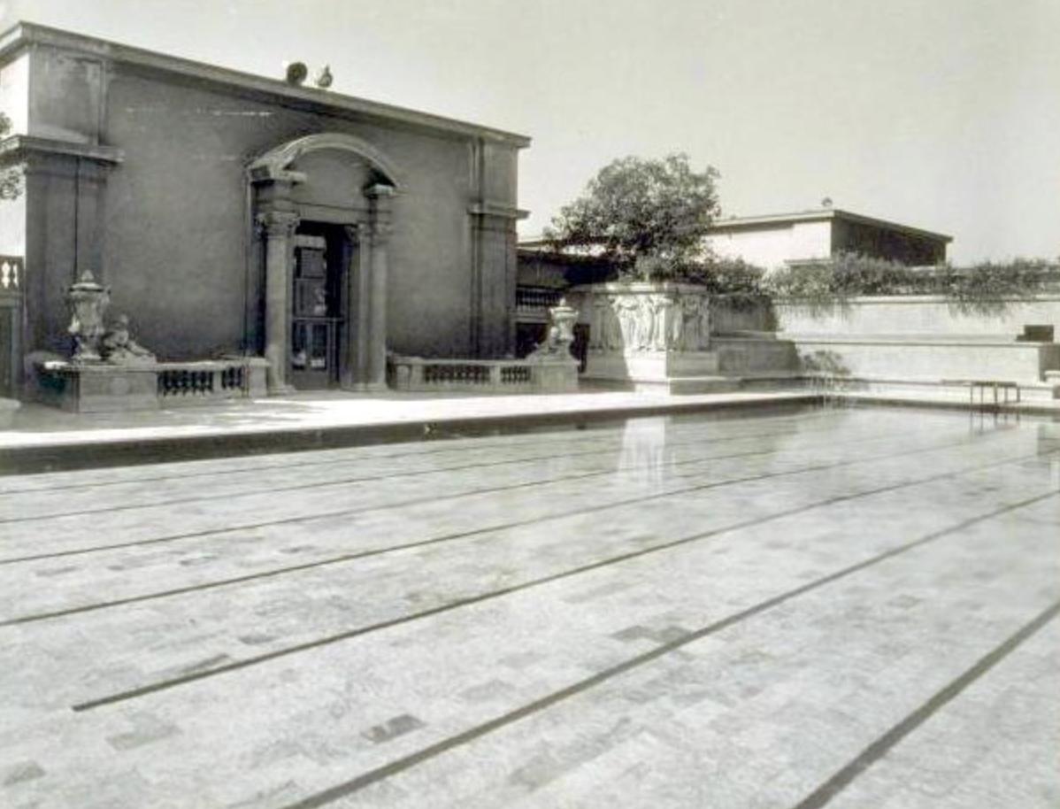 Photo (1930's), www.pe. berkeley.edu