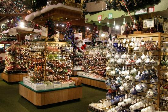 bronner-s-christmas-wonderland